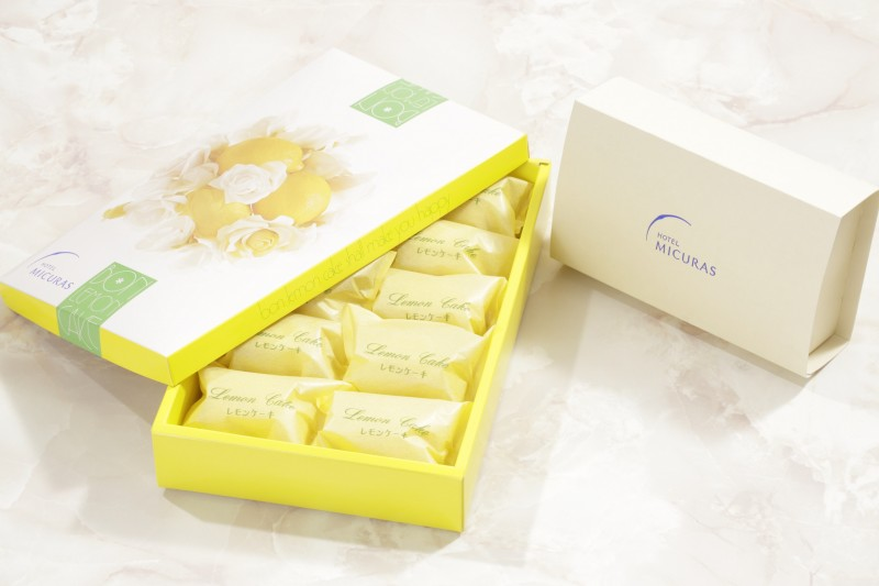 レモンケーキ箱入り(大小)
