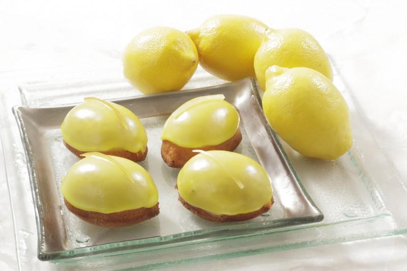 10周年スイーツ生まれ変わったレモンケーキ